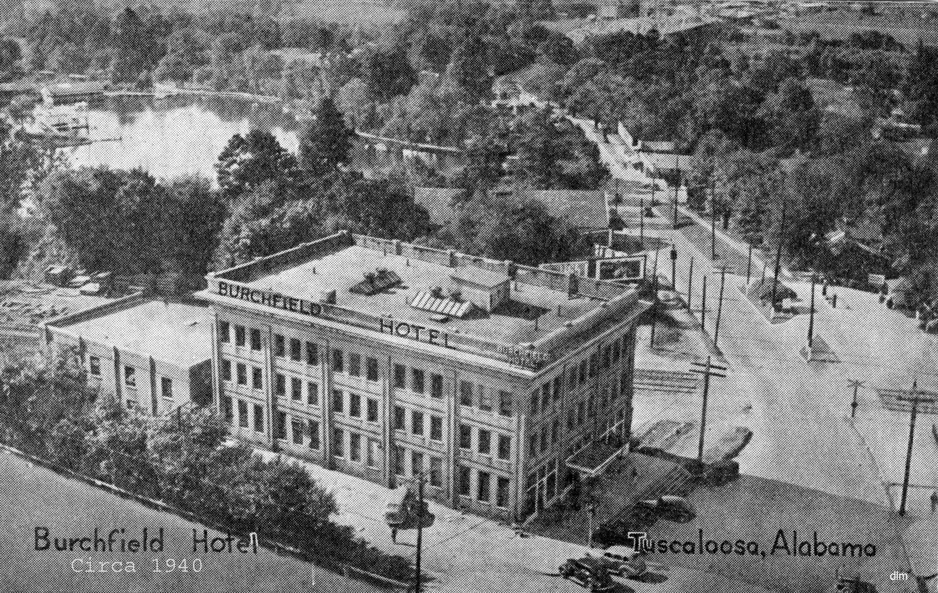 Burchfield Hotel With Lake Circa 1940