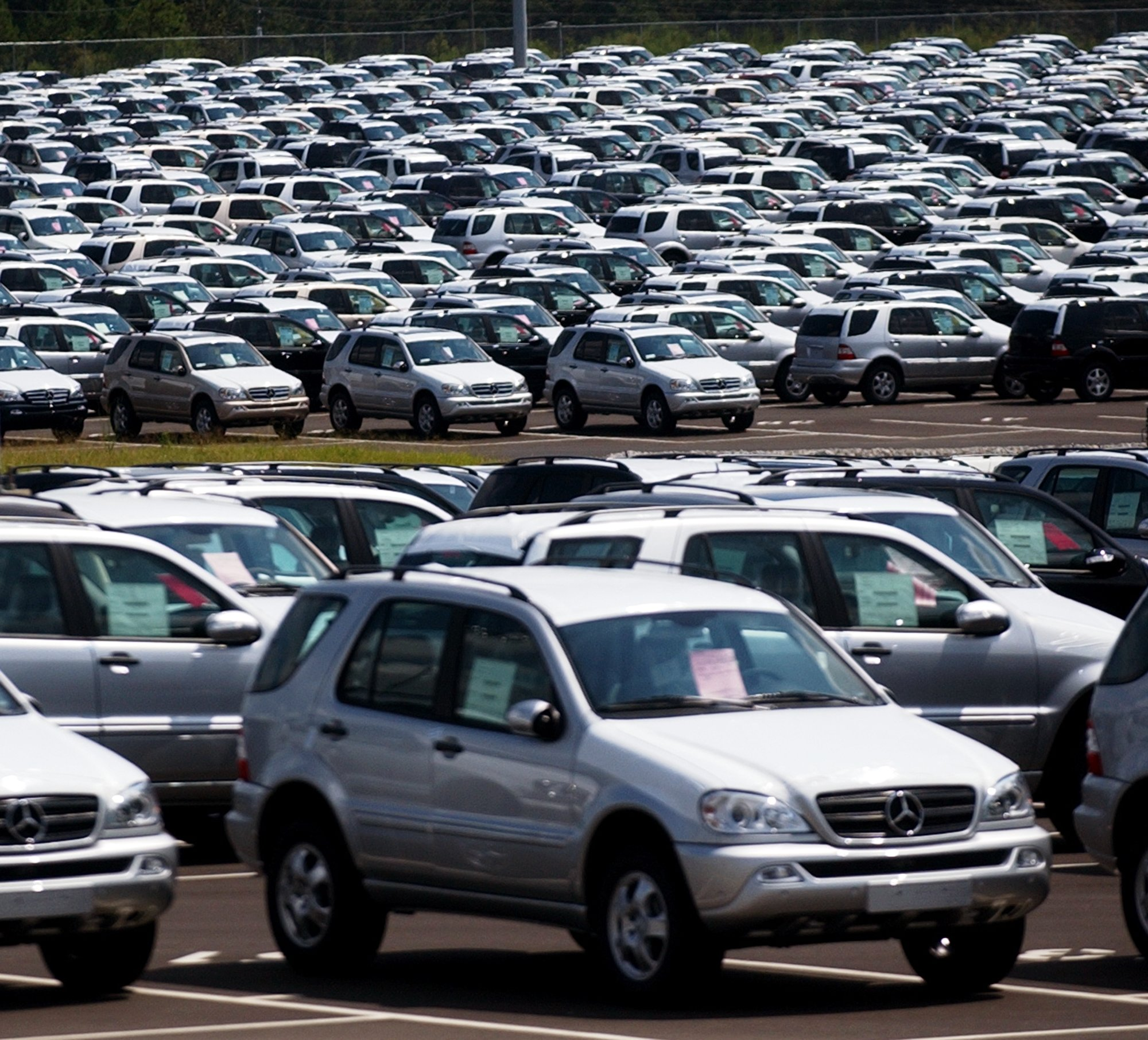 Hundreds Of M Cl Automobiles Are Shown In The Marshalling Yard At Vance Mercedes Benz Plant Thursday Afternoon Tuscaloosa News Photo By Jason Getz